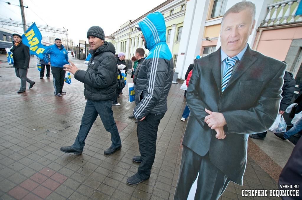 Свердловские полицейские готовятся к приезду нового начальника, а врачи к отставкам