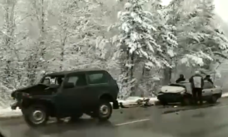 На Березовском тракте произошло массовое ДТП