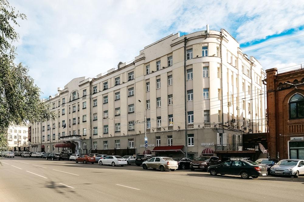 Отель «Екатеринбург-Центральный» ответит в суде за нарушение СанПинов