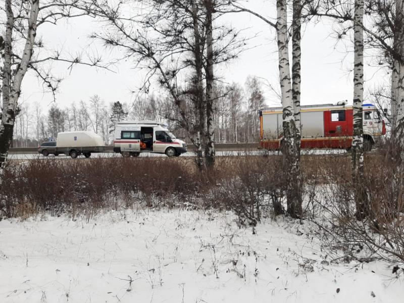 В Екатеринбурге рыбак провалился под лед