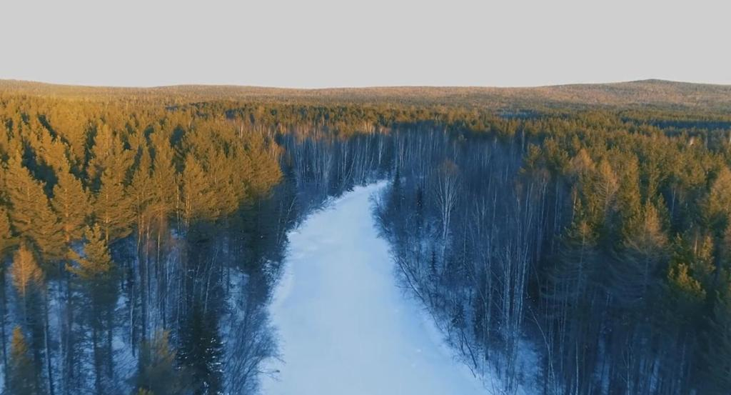 «Природа это красота, это жизнь». УГМК сняла фильм о жизни манси на Урале