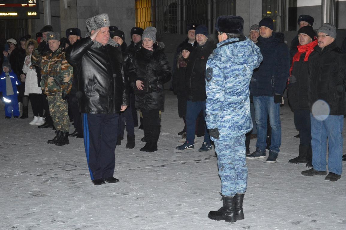 Сводный отряд свердловской полиции вернулся из командировки на Северный Кавказ