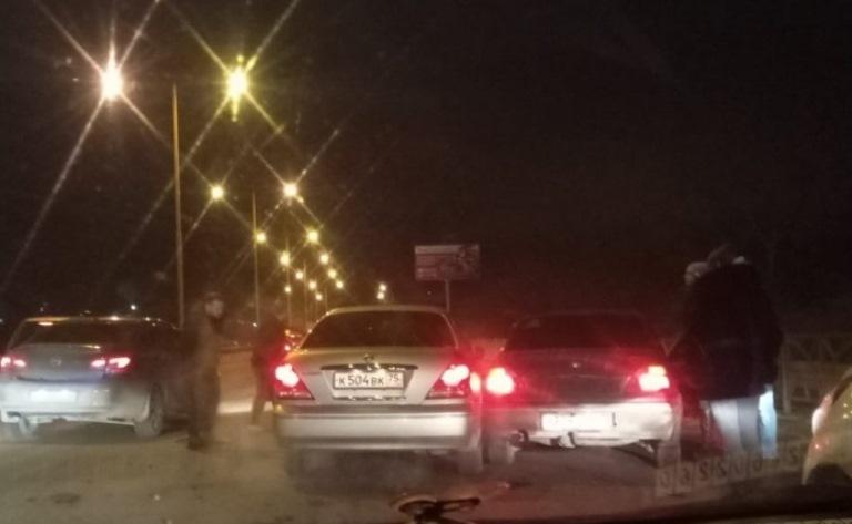 На окраине Екатеринбурга произошло массовое ДТП