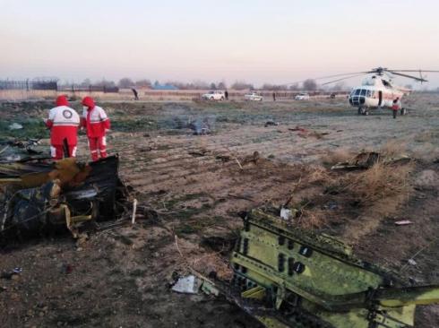 В Иране разбился самолет со 180 пассажирами на борту