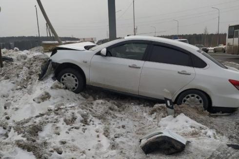 На Серовском тракте в ДТП пострадали трехлетняя малышка и 48-летний мужчина