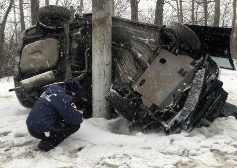 В Каменске-Уральском в результате жёсткого ДТП погиб сотрудник ГИБДД