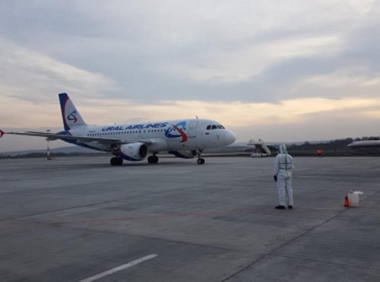 В Екатеринбург из Турции прибыли 69 россиян