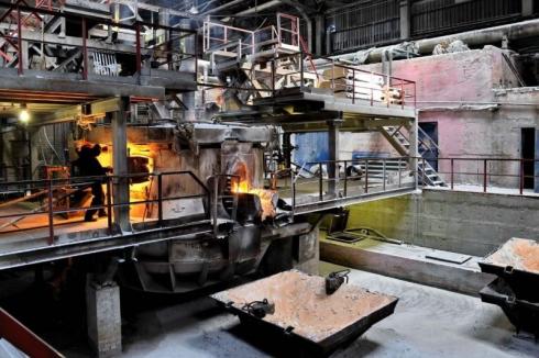 В Первоуральске прокуратура проверяет завод после травмирования работника
