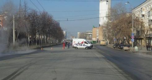 Около ж/д вокзала в Екатеринбурге разлилась горячая вода