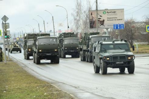 Впервые в параде Победы в Екатеринбурге примут участие установки «Малка» и «Мста-С»