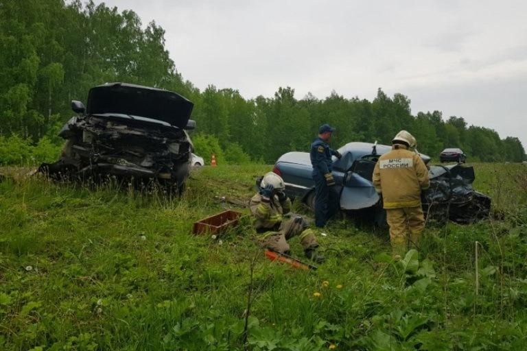 На трассе Екатеринбург-Тюмень произошло смертельное ДТП