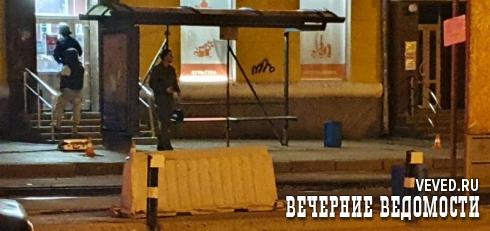 Из-за бесхозной сумки на остановке Луначарского парализовано транспортное движение