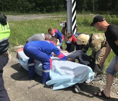 На Московском тракте произошло жесткое ДТП, пострадали два человека